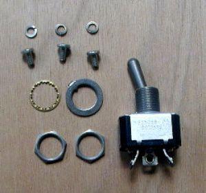 Interruttore On-On monopolare a levetta, Spec MIL MS35058, connessione occhiello
