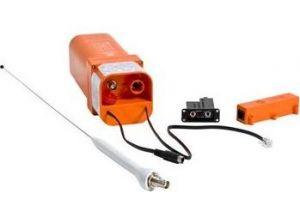 ELT 406/121.5 MHz E-04, con kit installazione (antenna remota, pannello remoto, staffa di fissaggio) programmazione incl